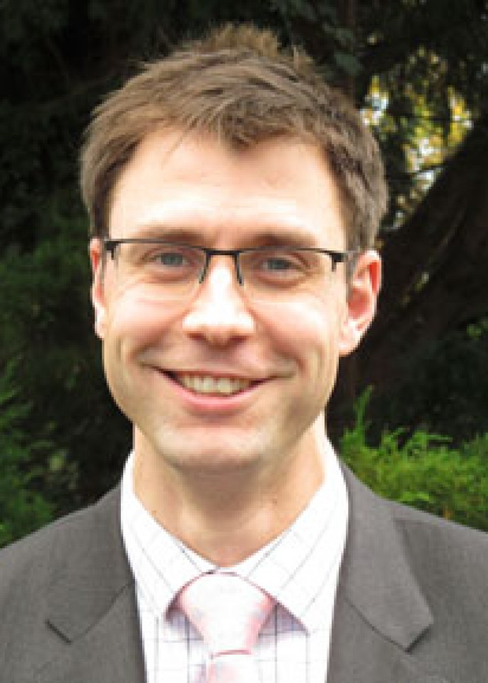 Mr David J. Farr